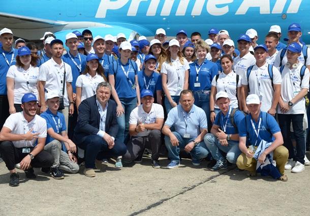 Самолет из пластика и электрические беспилотники: что увидели сто украинских студентов на Ле БуржеПресс-релиз